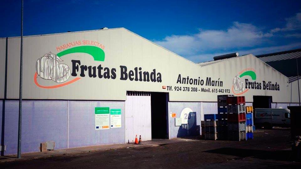Frutas-Belinda-nave-entrada